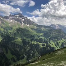 Krumbacher Höhenweg zur Mindelheimer Hütte_Blick ins Rappenalptal