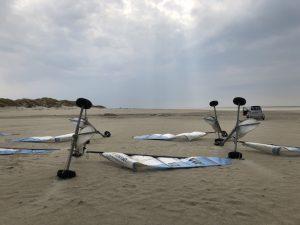 Strandsegeln in St. Peter-Ording_Liegende Strandsegler