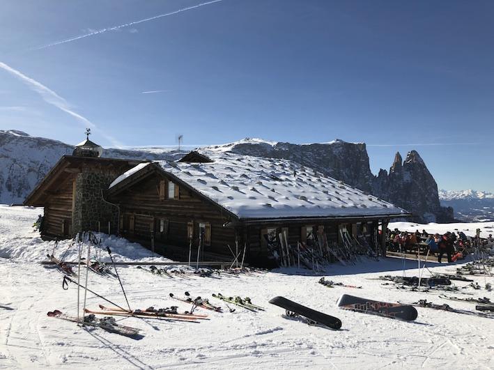 Skifahren auf der Seiser Alm_Laurinhütte