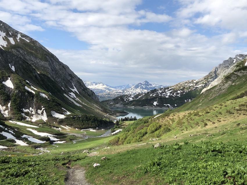 Wanderung vom Spullersee über die Ravensburger Hütte nach Zug_Blick zum Spullersee
