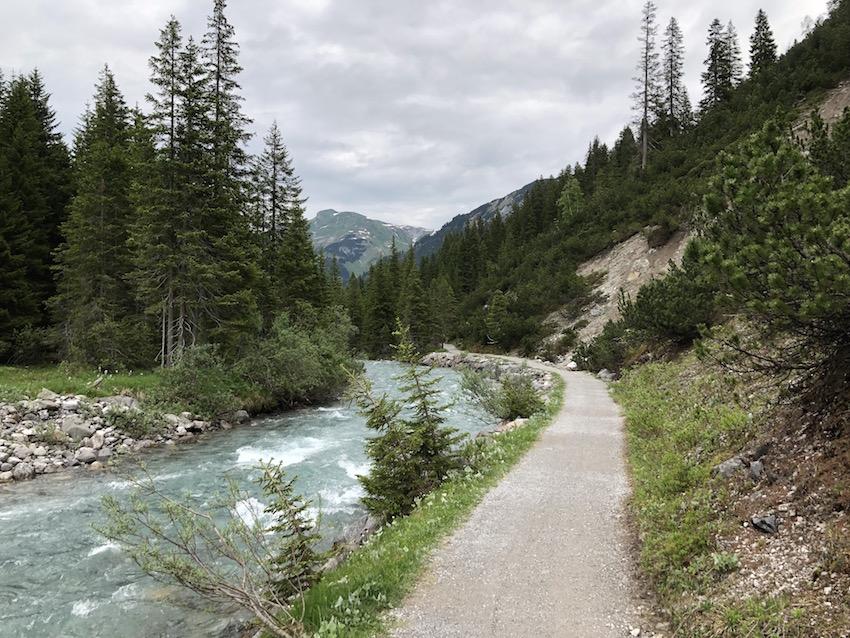 Wanderung vom Spullersee über die Ravensburger Hütte nach Zug_Lechuferweg